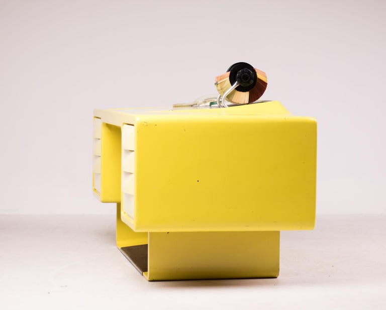 Ernest IGL Design Fiberglass Directors Desk by Wilhelm Werndl For Sale 3