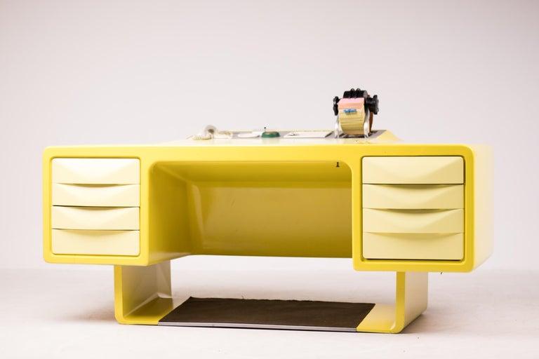 Ernest IGL Design Fiberglass Directors Desk by Wilhelm Werndl For Sale 4