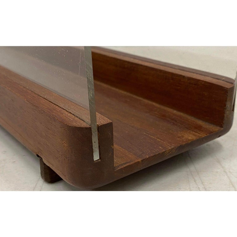 American Ernest Sohn Siamese Teak and Acrylic Magazine Holder, circa 1960 For Sale