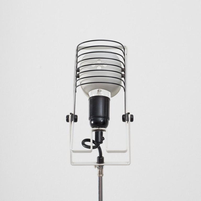 Ernesto Gismondi Tripod Sintesi Lamp In Excellent Condition For Sale In London, GB