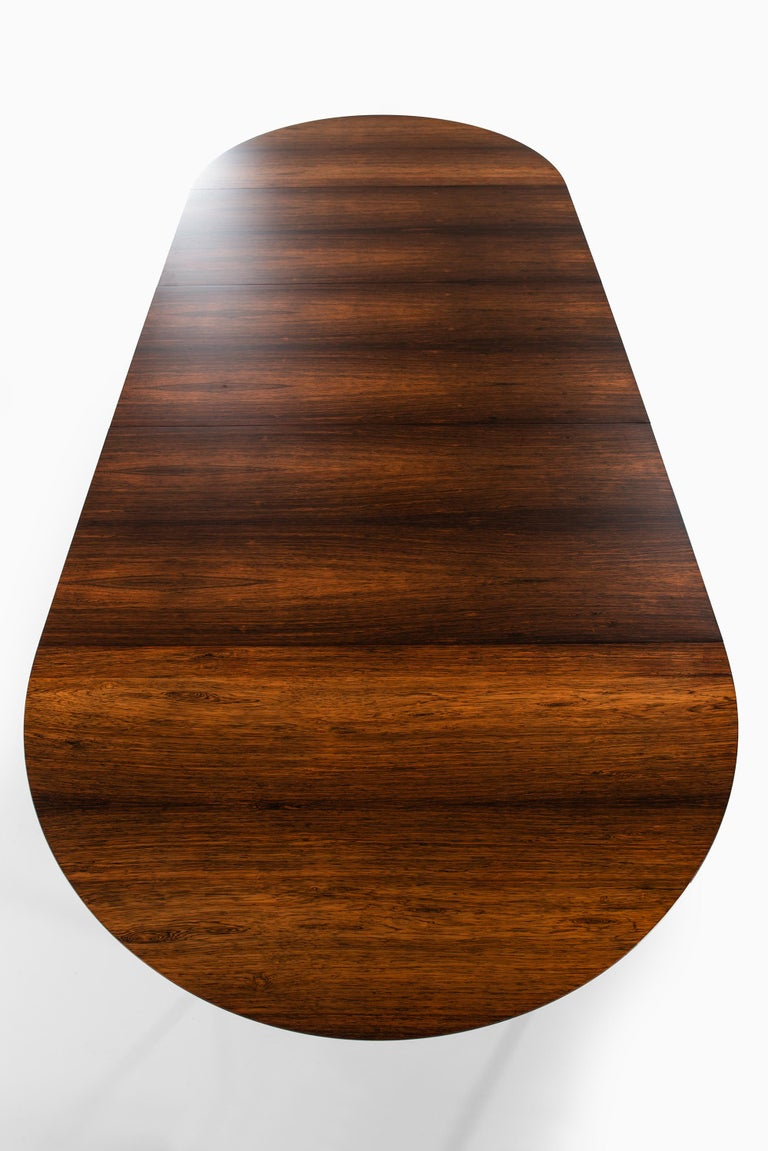 Mid-20th Century Ernst Kühn Dining Table in Rosewood by Lysberg Hansen & Therp in Denmark For Sale
