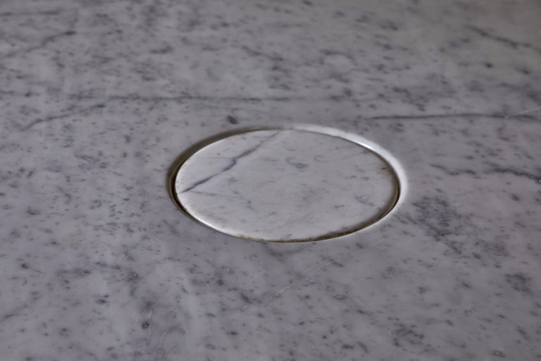 Carrara Marble Eros Table by Angelo Mangiarotti for Skipper For Sale