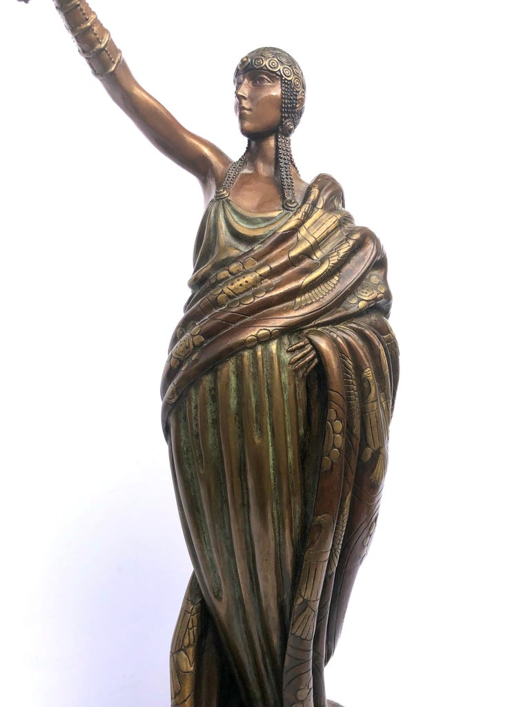 Victoire, bronze polychrome sculpture  For Sale 2