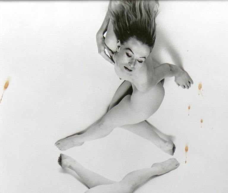 Untitled, New York. Framed  - Old Masters Photograph by Erwin Blumenfeld
