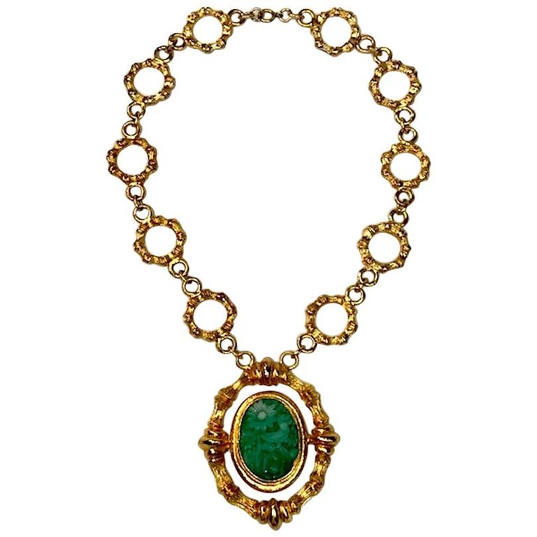 Erwin Pearl Gold & Carved Glass 1980s Pendant Necklace For Sale