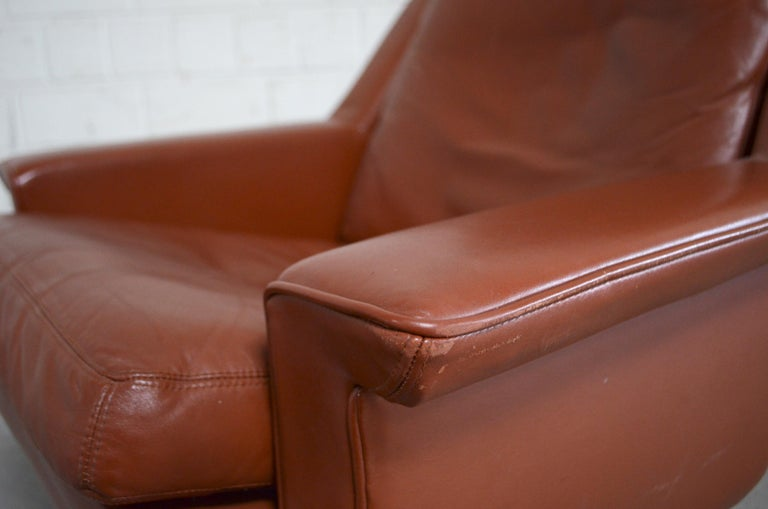 Esa Model 802 Leather Danish Lounge Chair and Ottoman by Werner Langenfeld, 1960 For Sale 4