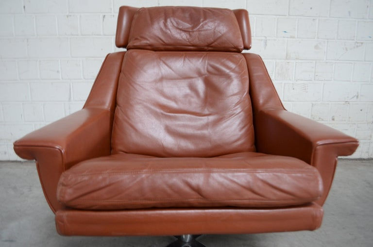 Esa Model 802 Leather Danish Lounge Chair and Ottoman by Werner Langenfeld, 1960 For Sale 6