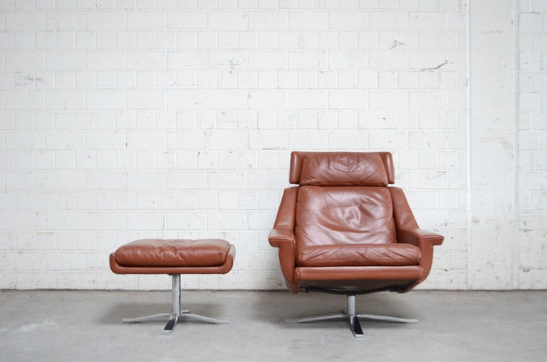 Esa Model 802 Leather Danish Lounge Chair and Ottoman by Werner Langenfeld, 1960 In Good Condition For Sale In Munich, Bavaria