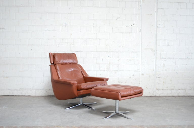 Mid-20th Century Esa Model 802 Leather Danish Lounge Chair and Ottoman by Werner Langenfeld, 1960 For Sale