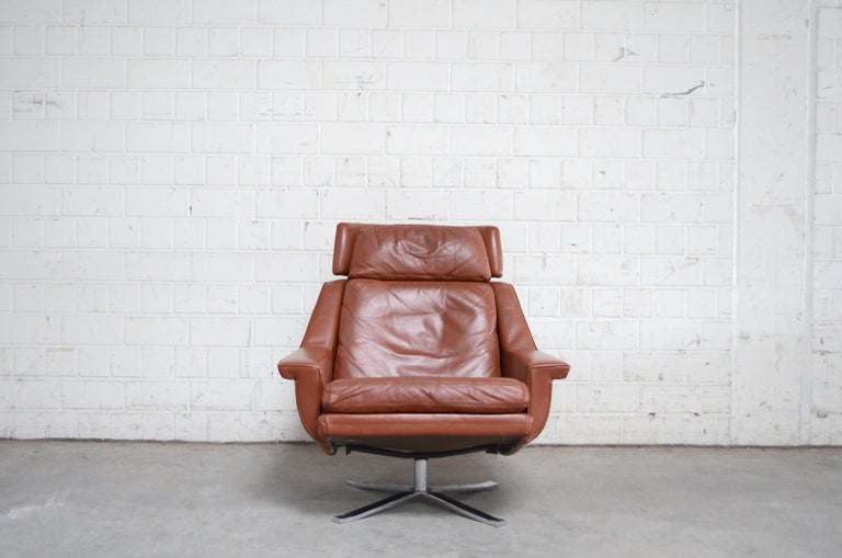 Esa Model 802 Leather Danish Lounge Chair and Ottoman by Werner Langenfeld, 1960 For Sale 1