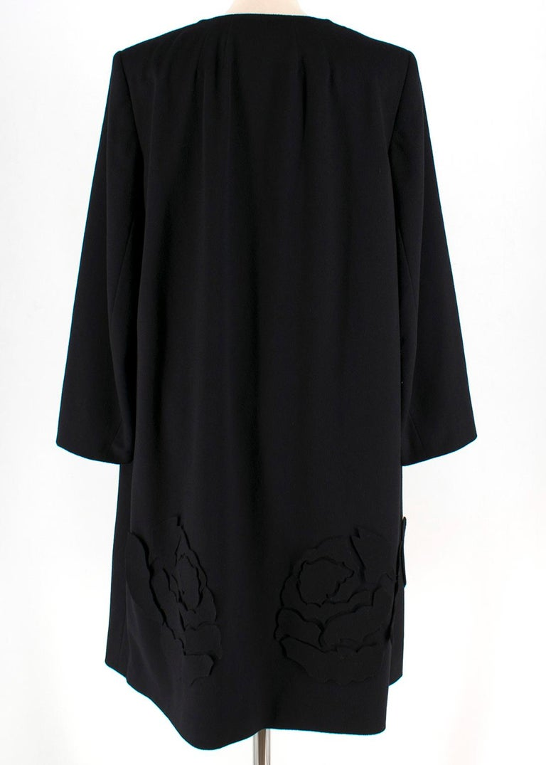 Escada Black Wool Blend Long Coat with Floral Embroidery - Size US 10 In Excellent Condition For Sale In London, GB