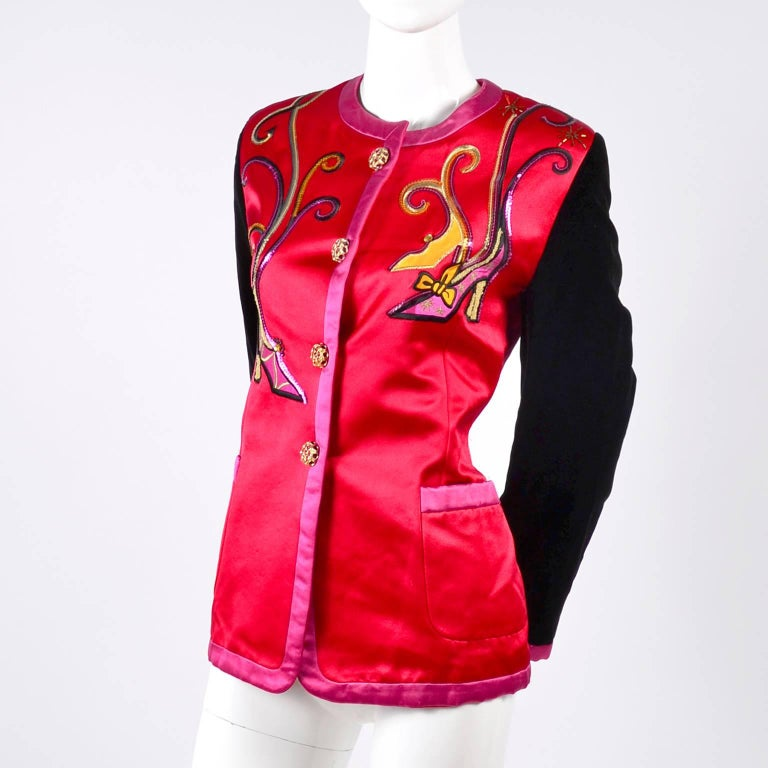 Escada Blazer in Red Black and Pink Novelty Shoe Lover Print 1980s Jacket  For Sale 8