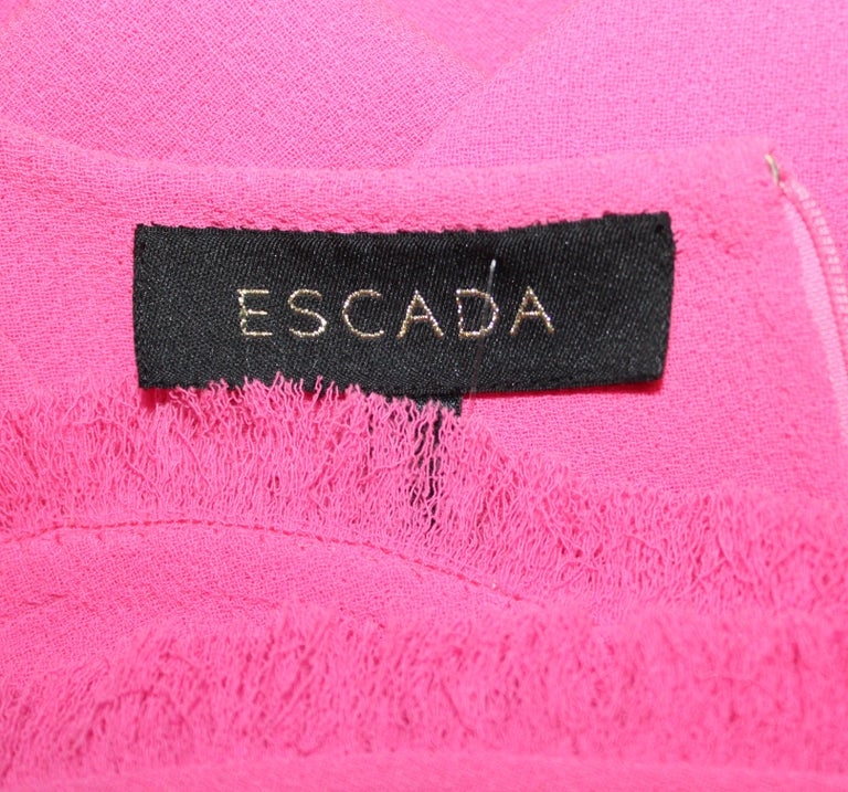 Escada Fushcia Sleeveless Round Neckline Dress For Sale at ...