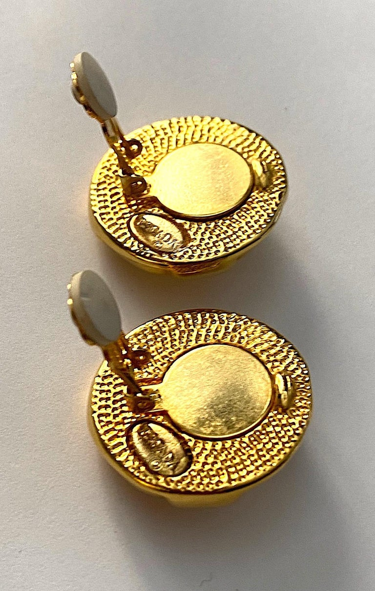 Escada Ivory enamel and Gold Buttom Earrings For Sale 3
