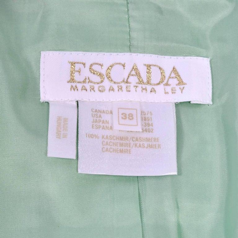 Escada Margaretha Ley Green Cashmere Blazer Jacket in Size 8 For Sale 5