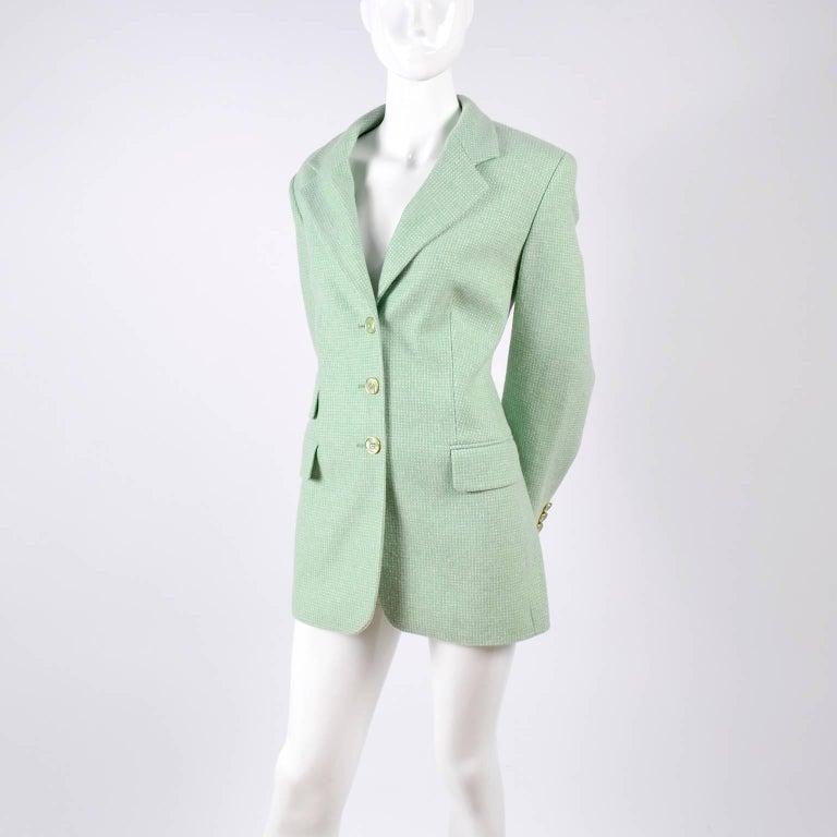 Escada Margaretha Ley Green Cashmere Blazer Jacket in Size 8 For Sale 7