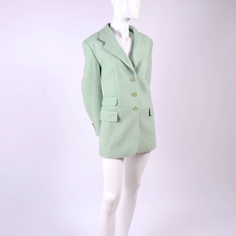 Escada Margaretha Ley Green Cashmere Blazer Jacket in Size 8 For Sale 1