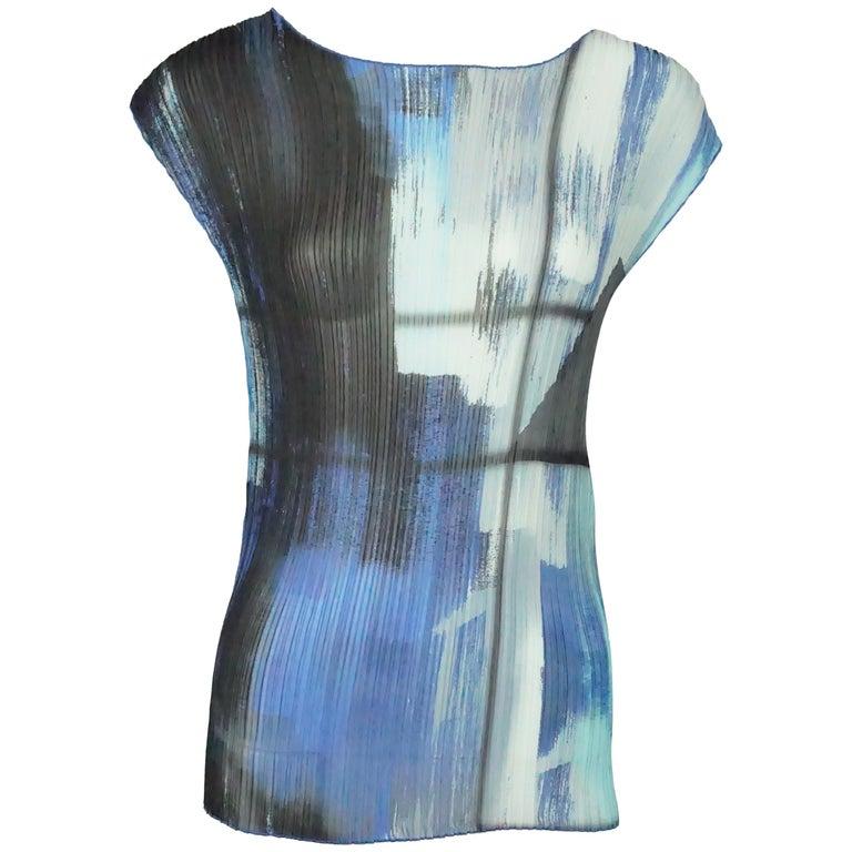 2ec6cb6e55d4f Escada Multi Blue Silk Pleated Sleeveless Top - 36 For Sale at 1stdibs