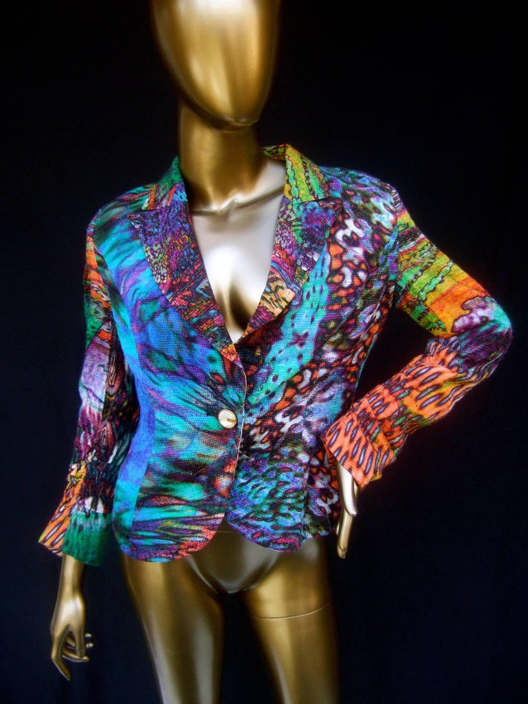 Escada pastel psychedelic graphic print jacket Size 38  The edgy unique jacket is illustrated with a bold  vibrant tie-dyed splatter print design throughout   The jacket lapels have a pointed structure The sleeve cuffs have subtle pleated