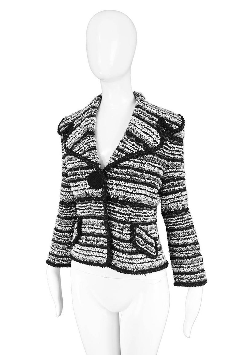Escada Textured Bouclé Tweed Jacket In Good Condition For Sale In Doncaster, South Yorkshire