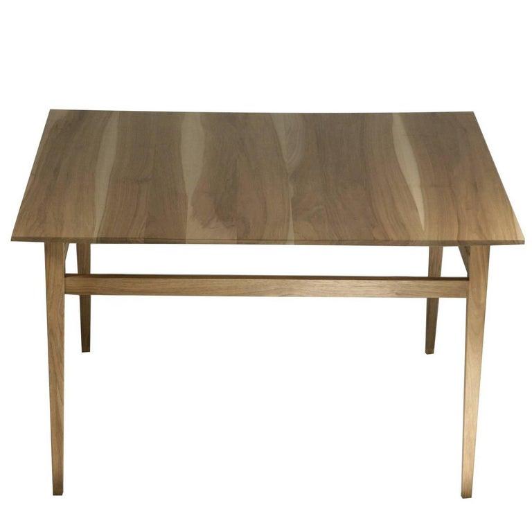 Esile Coffee Table