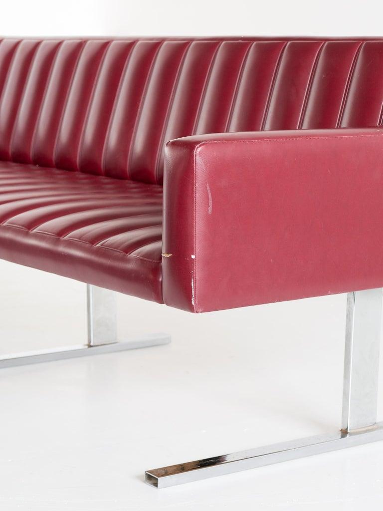 Esko Pajamies Three-Seat Cantilevered Sofa, Merva, Finland, 1960s For Sale 3