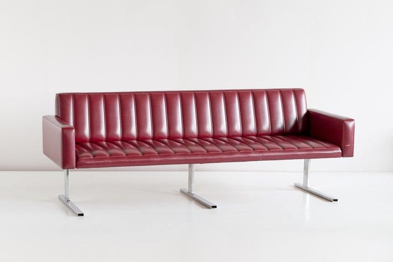 Finnish Esko Pajamies Three-Seat Cantilevered Sofa, Merva, Finland, 1960s For Sale