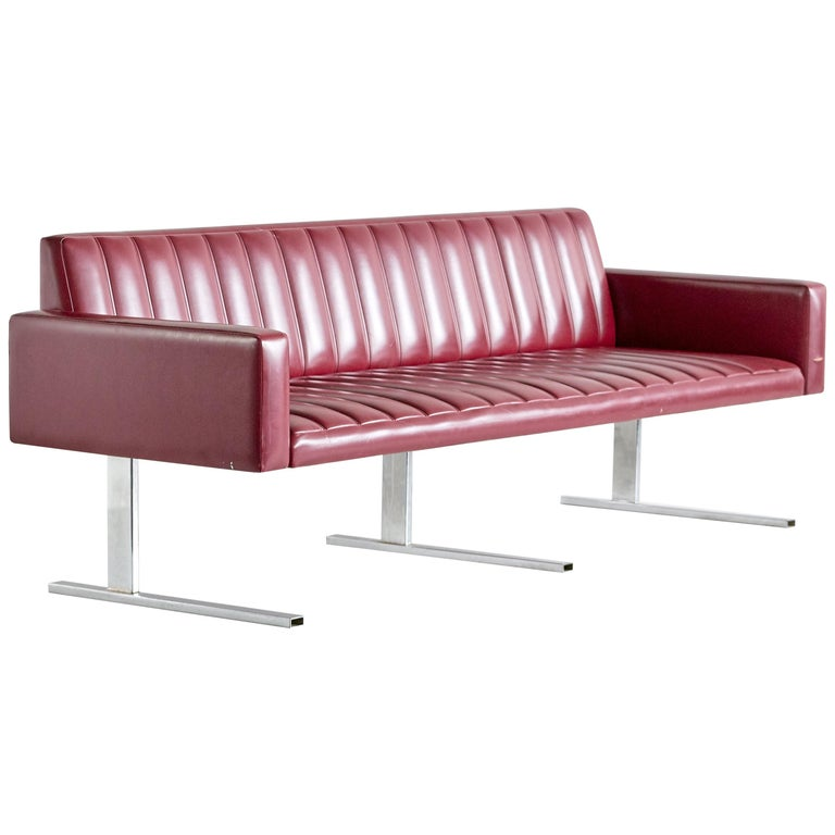 Esko Pajamies Three-Seat Cantilevered Sofa, Merva, Finland, 1960s For Sale