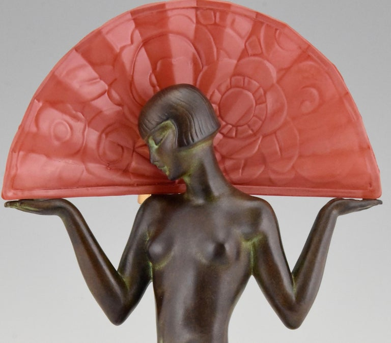 Espana Art Deco Style Lamp Spanish Dancer with Fan by Guerbe for Max Le Verrier For Sale 5