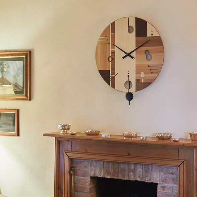 Essential Maple Clock by Arosio Milano In New Condition For Sale In Milan, IT