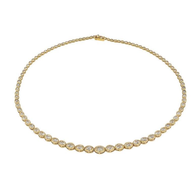 Contemporary Estate 12.84 Carat Diamond Yellow Gold Riviera Necklace For Sale