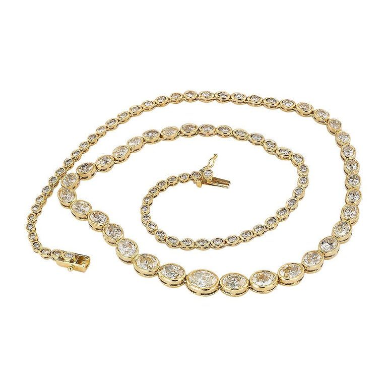 Oval Cut Estate 12.84 Carat Diamond Yellow Gold Riviera Necklace For Sale