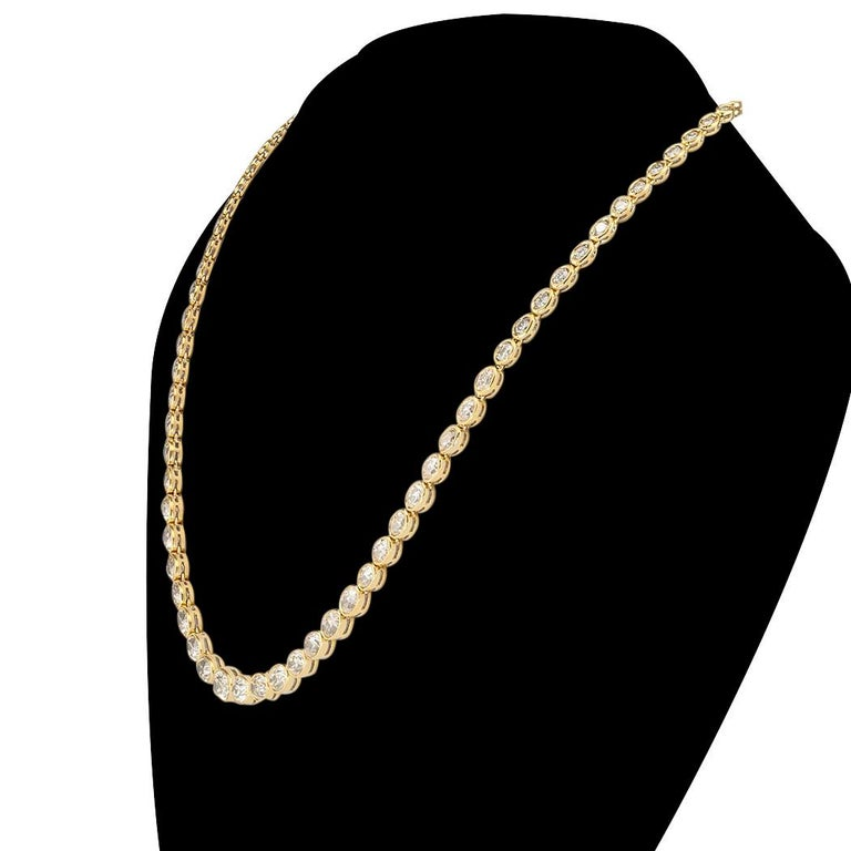 Estate 12.84 Carat Diamond Yellow Gold Riviera Necklace In Good Condition For Sale In Los Angeles, CA