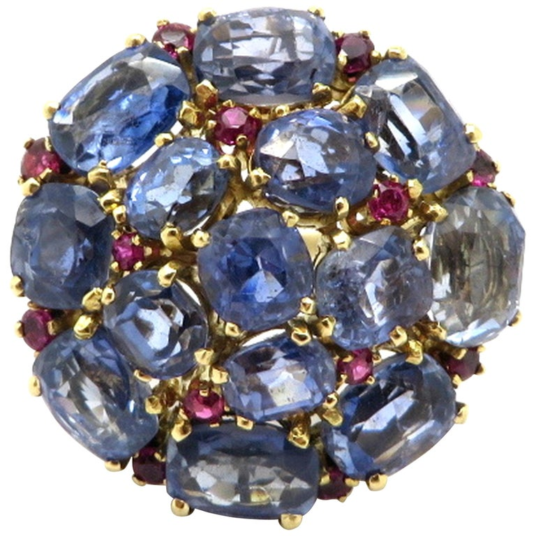Estate 14 Karat Gold 20.00 Carat GIA Certified Sapphire and Ruby Cluster Ring For Sale
