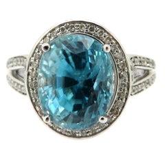 Estate 14 Karat White Gold 5.00 Carat Blue Zircon and Diamond Halo Fashion Ring