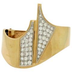 Estate 14 Karat Yellow Gold Round Pave Diamond Bangle Fashion Bracelet
