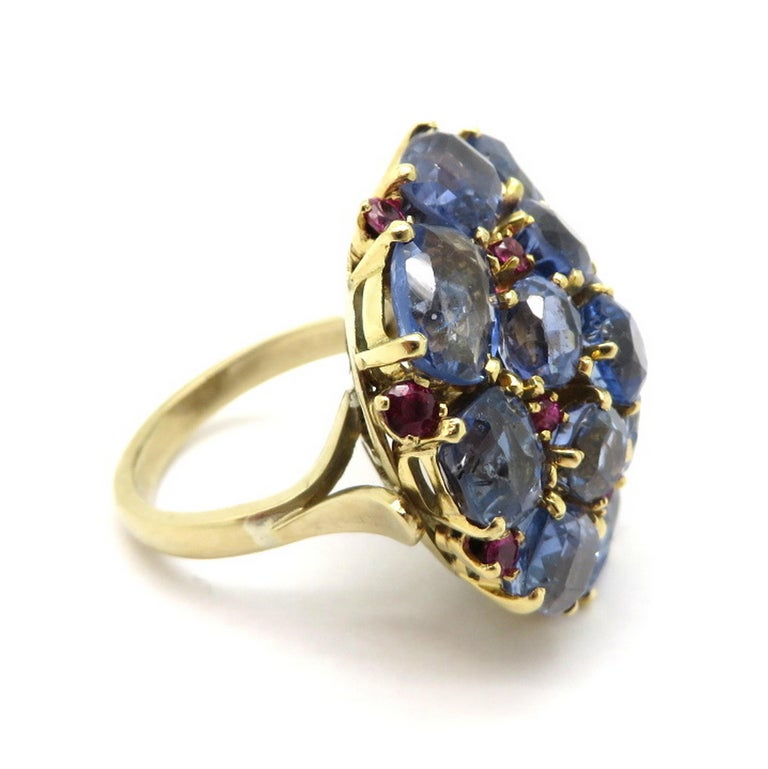 Estate 14 Karat Gold 20.00 Carat GIA Certified Sapphire and Ruby Cluster Ring In Excellent Condition For Sale In Scottsdale, AZ
