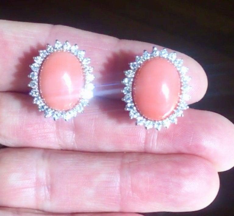 Women's Estate 18 Karat Angel Skin Coral 1.10 Carat VS Diamond Stud Drop Earrings For Sale