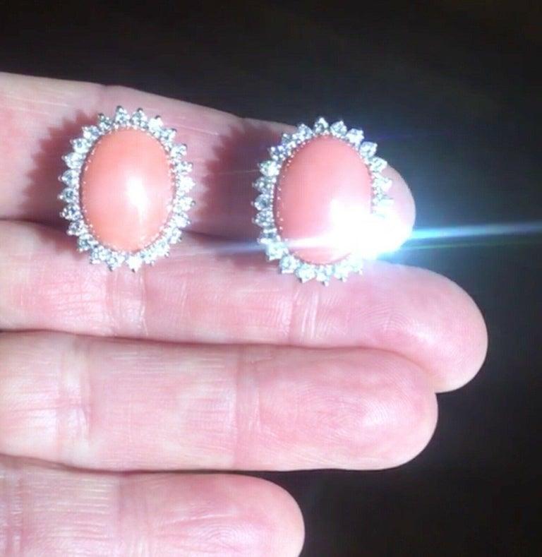 Estate 18 Karat Angel Skin Coral 1.10 Carat VS Diamond Stud Drop Earrings For Sale 2