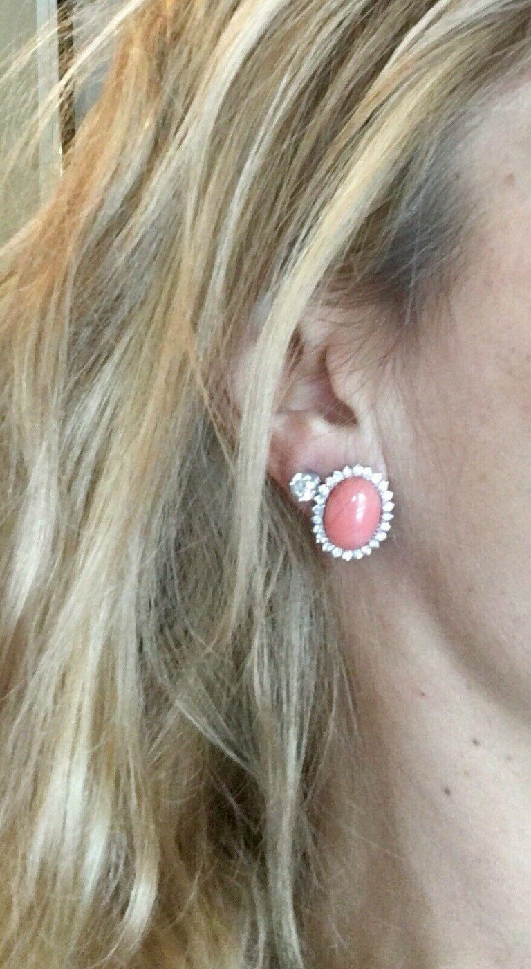 Estate 18 Karat Angel Skin Coral 1.10 Carat VS Diamond Stud Drop Earrings For Sale 3