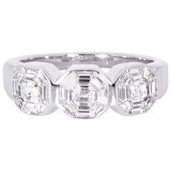 Estate 18 Karat White Gold Diamond Ring