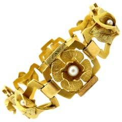 Estate 18 Karat Yellow Gold Art Nouveau Style Pearl Flower Fashion Bracelet