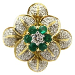 Estate 18 Karat Yellow Gold Flower Emerald and Diamond Fashion Ring