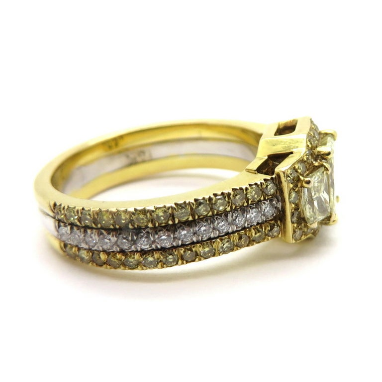 Estate 18 Karat Two-Tone Gold Radiant Cut Yellow Diamond and Trapezoid Ring In Excellent Condition For Sale In Scottsdale, AZ