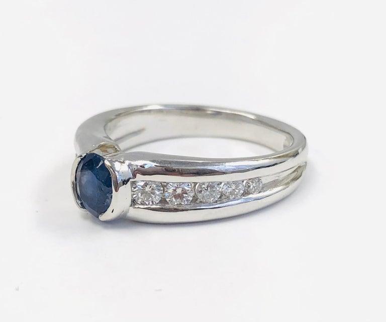 Contemporary Estate 18 Karat White Gold Diamond and Burma Sapphire Ring For Sale