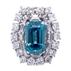 Estate 5.00 Carat Blu Zircon Diamond Gold Ring