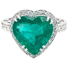 Estate 5.51 Carat Heart Colombian Emerald Diamond Gold Ring
