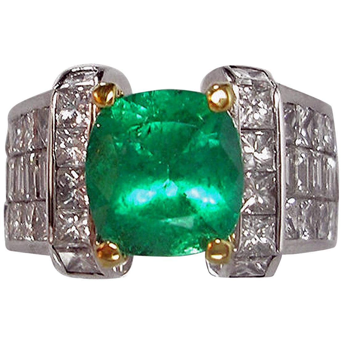 Estate 7.56 Carat Fine Natural Colombian Emerald Diamond Ring 18K Unisex