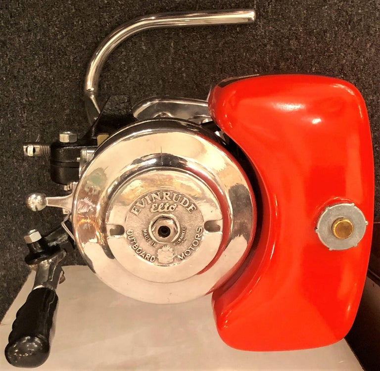 20th Century Estate American Stand-Mounted Evinrude Cottage Racer Outboard Motor, circa 1940 For Sale
