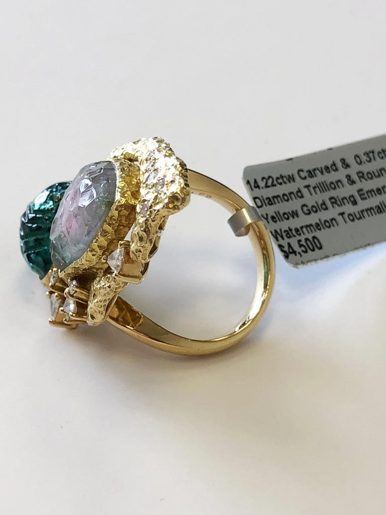 Estate Carved Watermelon Tourmaline, Carved Emerald and Diamond Trillion Ring In Excellent Condition For Sale In Los Angeles, CA